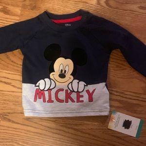 Long sleeve Mickey shirt
